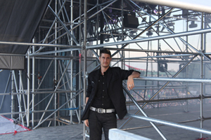 ABOUT BACKGROUND TORONTO MAGICIAN