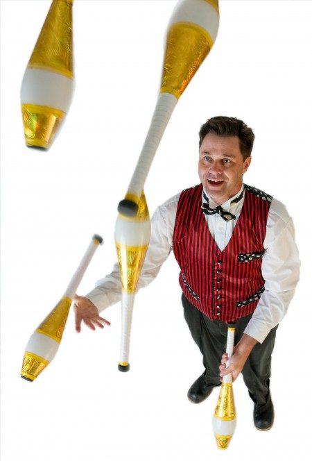 greg_juggling